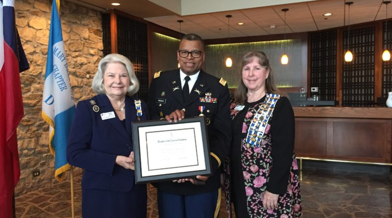 FWISD's JROTC Director receives DAR Distinguished Citizen Medal